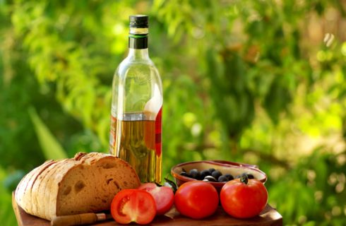 Cos'è la dieta mediterranea e cosa mangiare per stare in salute
