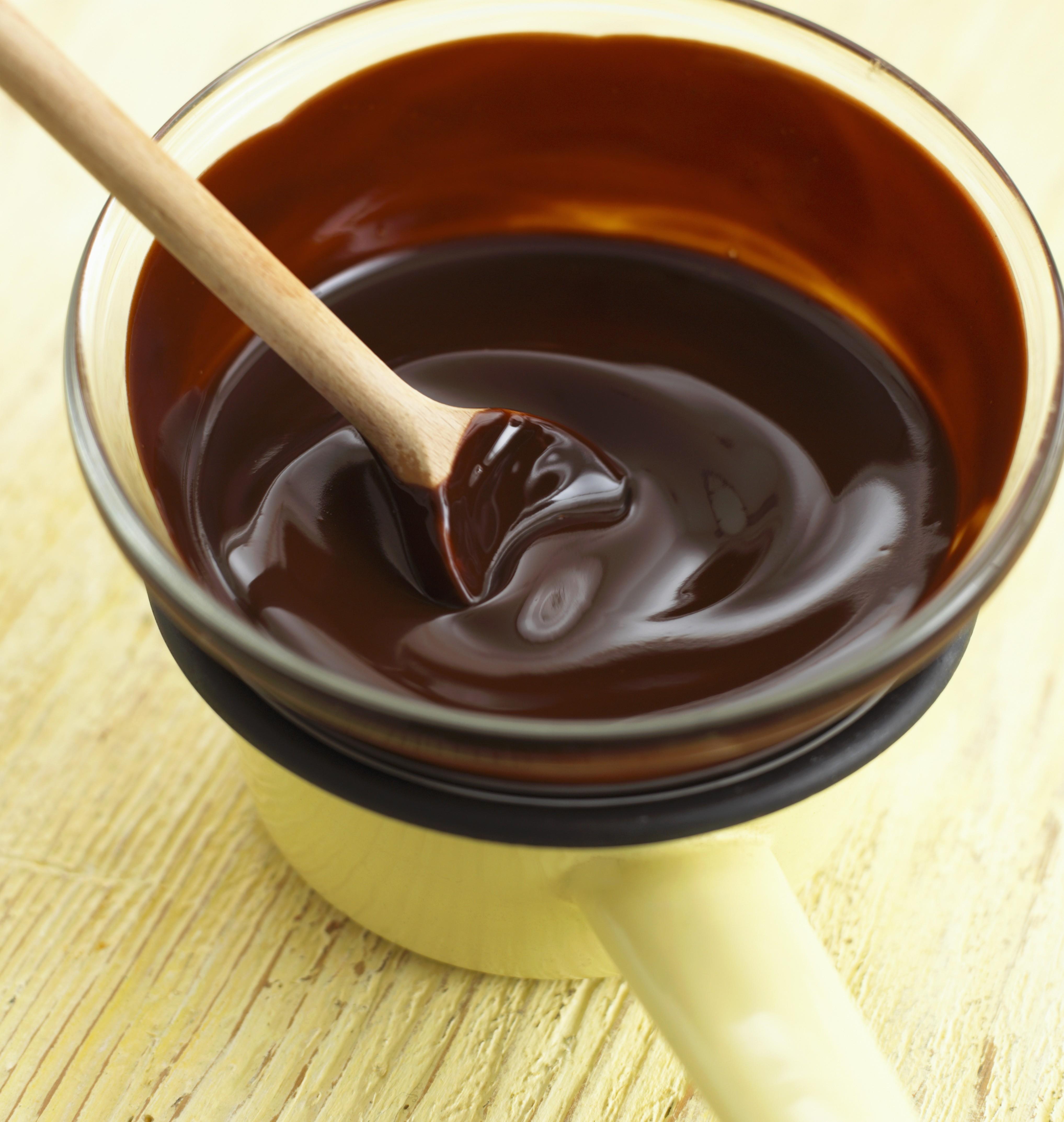 Glassa cioccolato per torte ricetta