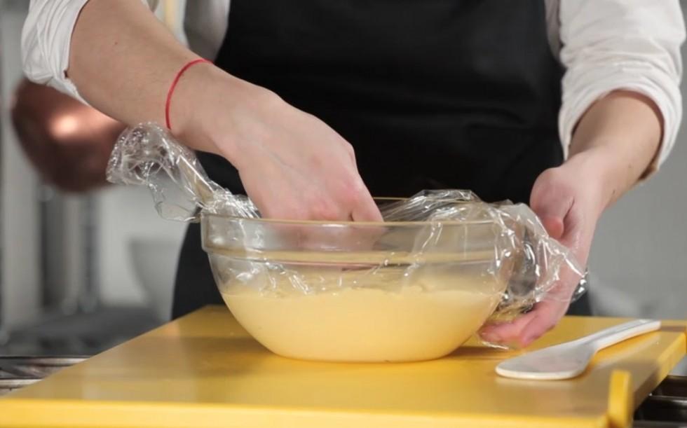 La ricetta della crostata di frutta step by step - Foto 4