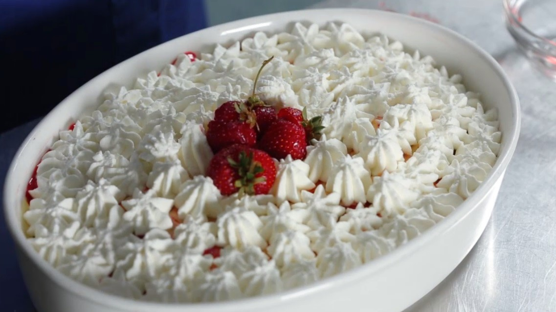 Tiramisu alle fragole agrodolce for Cucinare estate