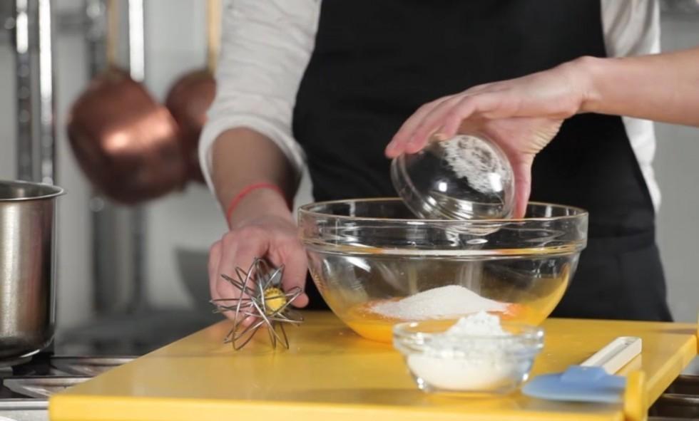 La ricetta della crostata di frutta step by step - Foto 5