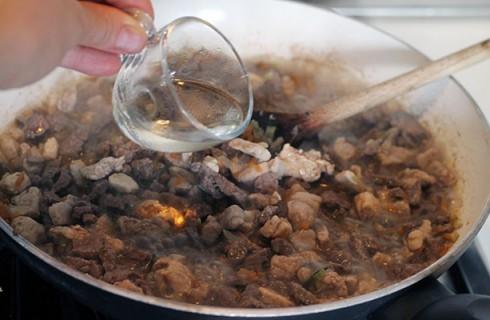 La preparazione delle olive all'ascolana