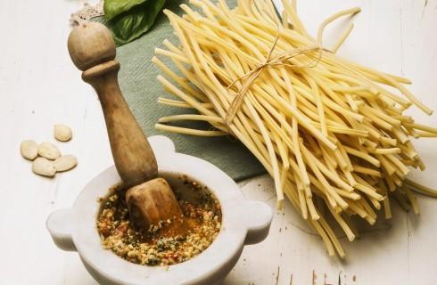 Pesto alla trapanese originale