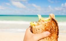 10 irrinunciabili cibi da spiaggia