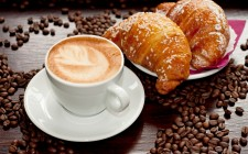 La storia segreta di una tradizione: Cappuccino e Cornetto