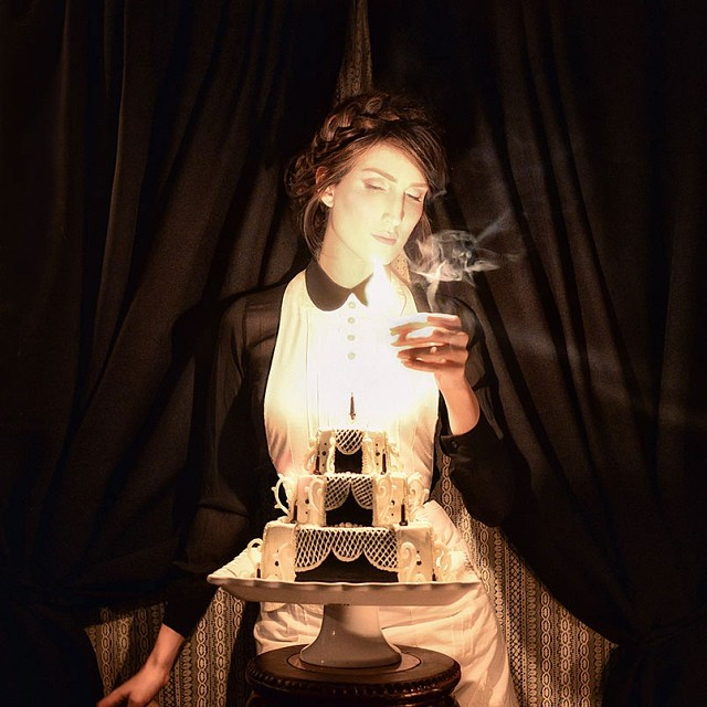 Bravissima Christine McConnell: torte dark e fotografia - Foto 16