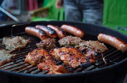 Barbecue di Ferragosto? Ecco 5 ricette per grigliate di carne, pesce e verdure