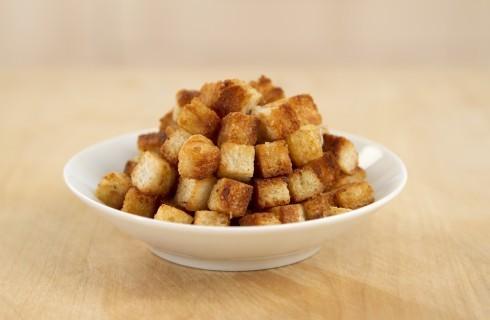 Crostini di pane croccanti