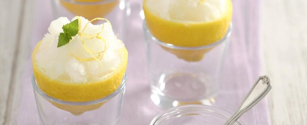 Granita al limone: fresca e dissetante