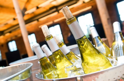 Come raffreddare velocemente una bottiglia di vino