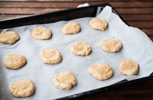 La preparazione dei biscotti senza burro