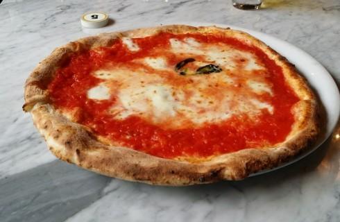 La classifica delle 10 migliori pizzerie di Milano