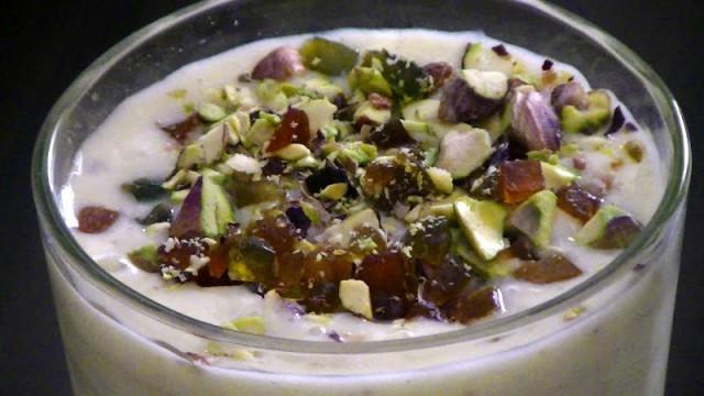 Yogurt con frutta secca