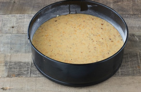 La preparazione della torta alla zucca