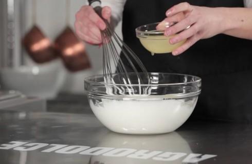 la_preparazione_della_torta_al_limone_003