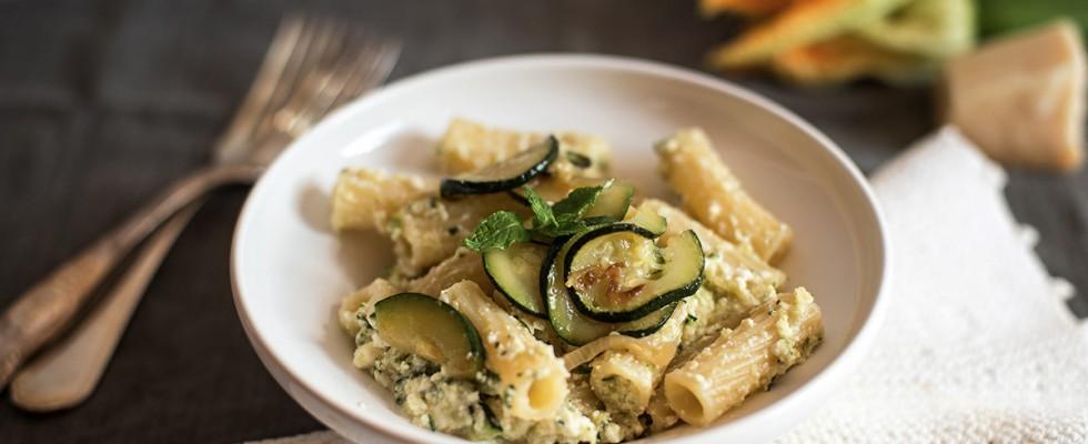 Pasta con ricotta e zucchine