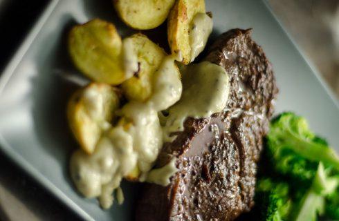 Come fare l'insalata di broccoli e patate da gustare tiepida