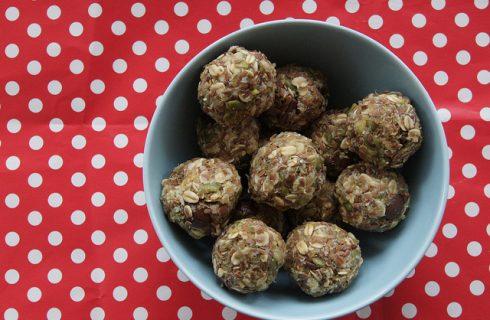 La ricetta delle polpette alla quinoa da fare al forno o fritte