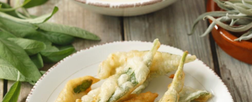 Salvia fritta in pastella senza uovo