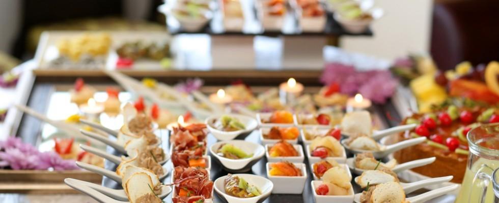 Come riconoscere e scegliere un buon catering in 10 domande