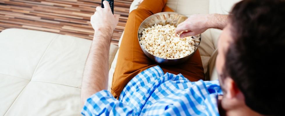 In letargo: cibi che si mangiano davanti alle serie tv