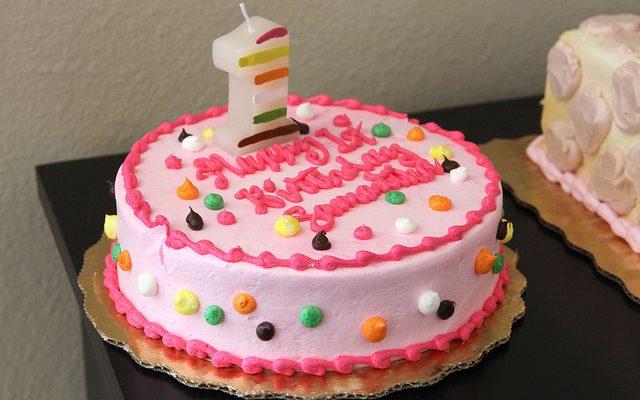 Ecco le torte decorate con panna più facili da fare per il compleanno