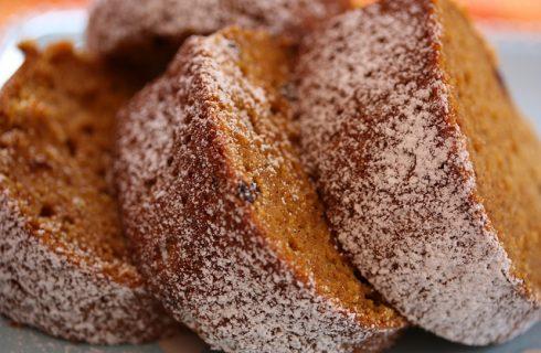 La torta dolce di zucca e amaretti con la ricetta facile da fare