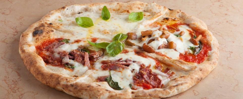 Pizzeria Oliva Da Concettina ai Tre Santi, Napoli