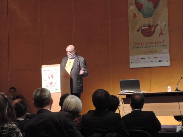 Carlin Petrini alla conferenza di apertura