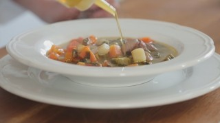 Minestrone di verdure: la video ricetta