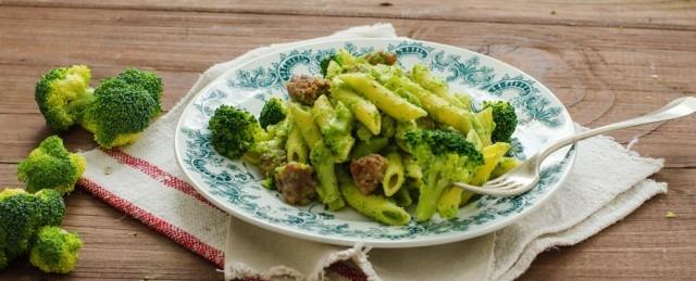 Pasta_broccoli_e_salsiccia_finale