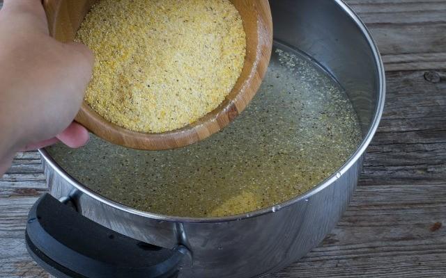 Step 1 polenta taragna