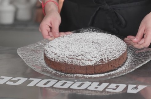 Torta Caprese: la video ricetta