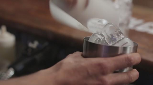 Wiskey sour - 4 aggiungete ghiaccio