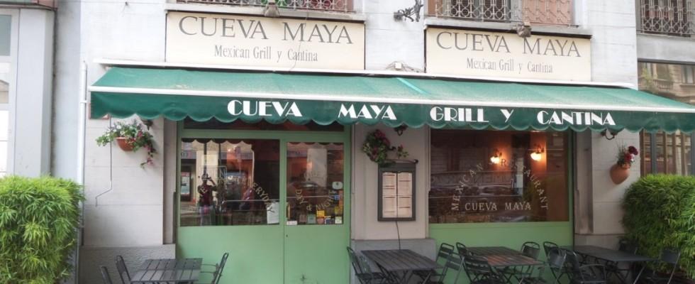 Cueva Maya, Milano