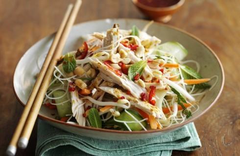 Insalata di pollo vietnamita