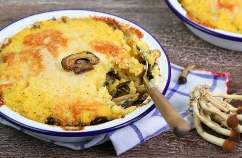 Polenta al forno con funghi e formaggio