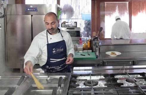 la_preparazione_della_pasta_con_zucchine