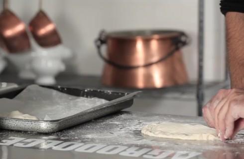 la_preparazione_della_pizza_fritta_008
