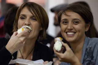 Lo street food del Salone del Gusto di Torino
