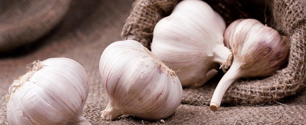 Come mitigare l'odore dell'aglio?