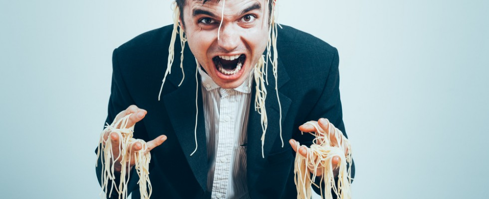 17 cose che davvero non sopporta un napoletano a tavola