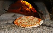 Pizza: forno elettrico VS forno a legna