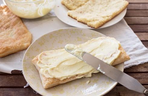 La preparazione della torta dipolomatica