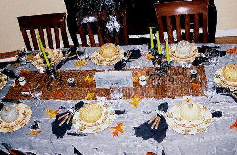 Le decorazioni per la tavola di Halloween