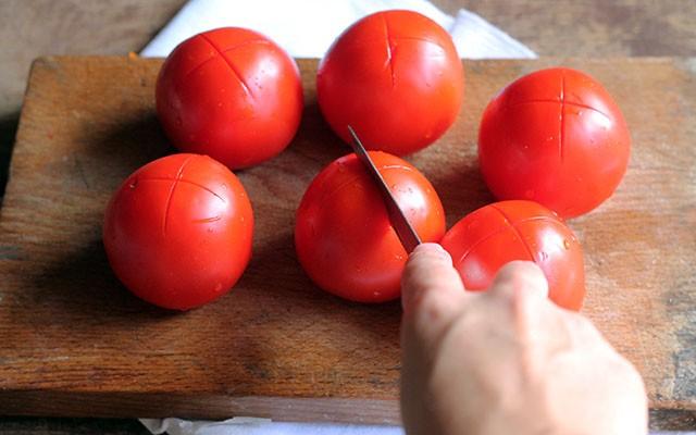 Triglie alla livornese - pomodori per concasse