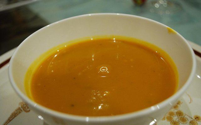 Ecco la vellutata di zucca e carote da preparare con il Bimby