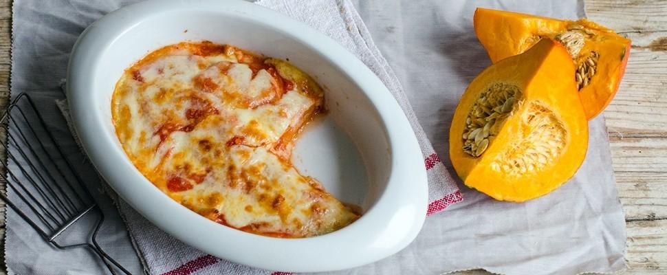 Parmigiana di zucca con pomodoro