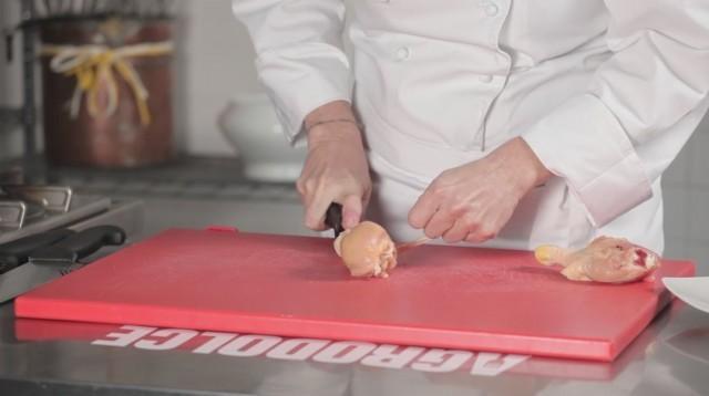 Pollo fritto - 1 pulire il pollo