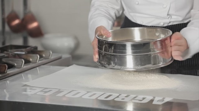Torta di castagne - 2 setacciate le farine